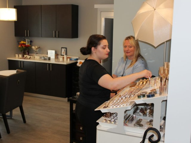 Beauty Works Day & Medi Spa | Belleville, ON | 40th Anniversary & Grand Opening OPEN HOUSE | Jane Iredale Mineral Makeup